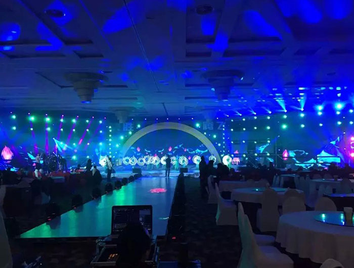 P4.81 indoor rental led display sceen